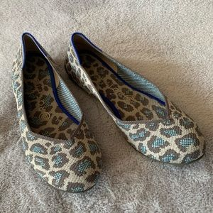 Retired Rothy's Blue Leopard Flats 8